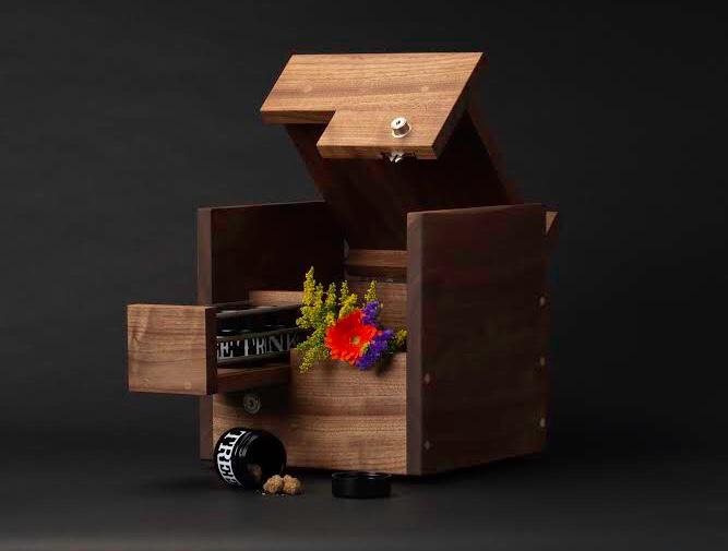 Sherbinskis Flower - The New Smoker